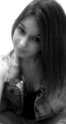 Fumer tue, picoler tue , baiser tue .Devenez moine .♥