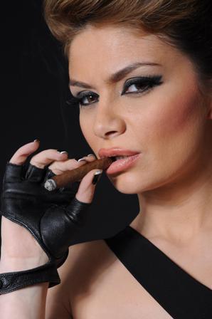 Zanfina Ismaili shum e bukur