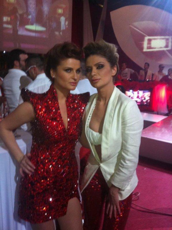 ZANFINA & RYVA KAJTAZI  2012 RTV21