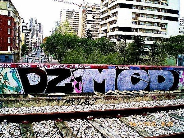 DZ  MED