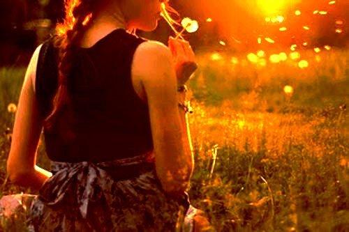 « Pensez à toutes les belles choses que la vie peut vous procurez et accrochez vous  à elles tant qu'elles existent »