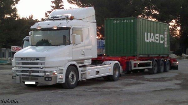 Scania 164L 530