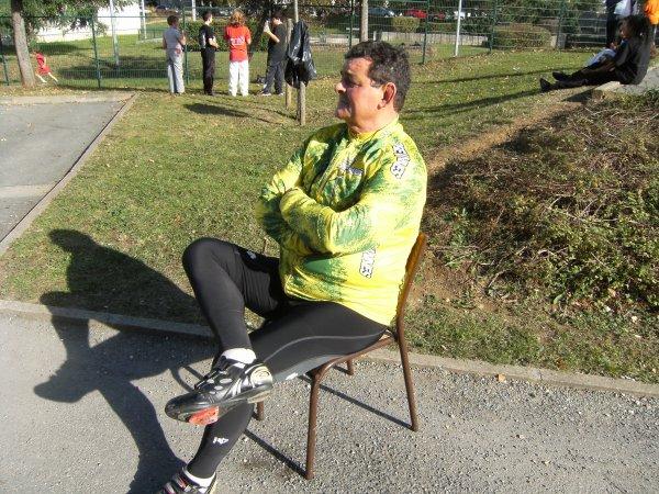 Chaise sportive (1/2): JR