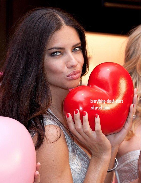 Evénement: Adriana, Lindsay et Doutzen au magasin Victoria's Secret à Soho   le 8 Février 2012