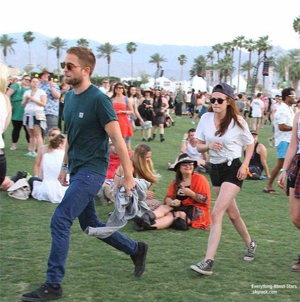 Deuxième journée du Festival de COACHELLA : Robert Pattinson et Kristen Stewart aperçue ensemble au Festival