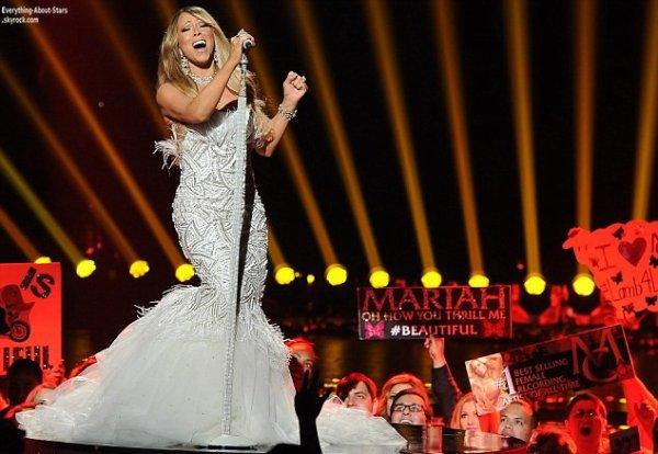Mariah Carey lors de la finale d'American Idol qui a pris place au sein du Nokia Theater à Los Angeles     Le 16 Mai 2013