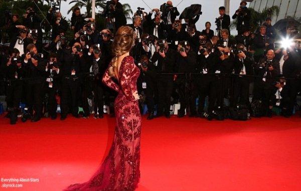"""Cheryl Cole à monté les marches du Festival pour la première de """"Jimmy P"""" à Cannes  Le 17 Mai 2013"""
