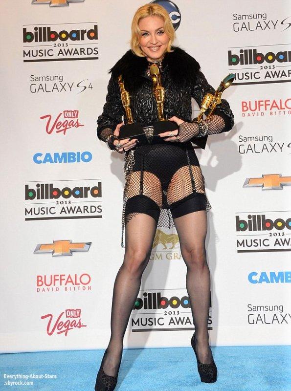 La MGM Grand Garden Arena de Las Vegas accueillait la cérémonie de récompenses des Billboard Music Awards 2013  Le 19 Mai 2013