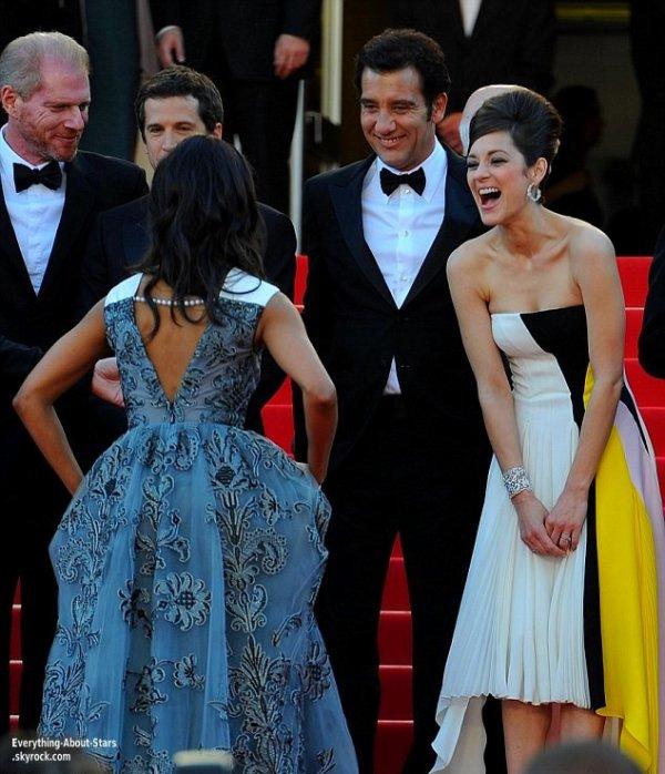 """Zoe Saldana et Marion Cotillard lors de la montée des marches de """"Blood Ties"""" au Festival de Cannes  Le 20 Mai 2013"""