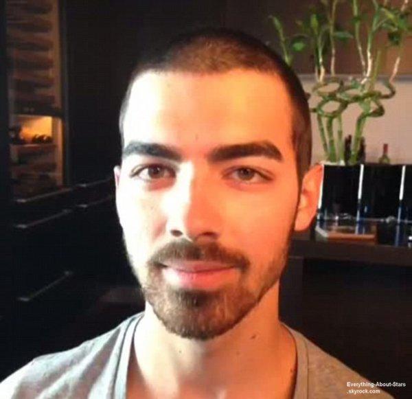 Découvrez la nouvelle coupe de cheveux de Joe Jonas