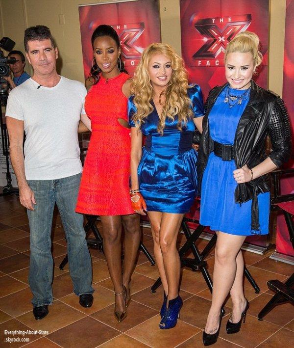 Simon Cowell, Demi Lovato, Kelly Rowland et Paulina Rubio lors d'une conférence de presse à New York  Le 20  juin  2013