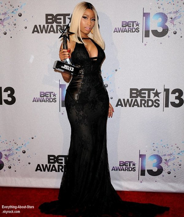 Nicki Minaj, Wiz Khalifa, Amber Rose, Katrina Graham, Jordin Sparks, Chris Brown, Justin Timberlake, Pharell Williams, Snoop Dogg étaient tous présent lors des BET Awards 2013 à Los Angeles  Le 30 juin  2013