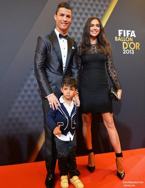 12/01/14: Cristiano Ronaldo récompensé a nouveau du ballon d'or au Palais des Congrés entouré de son fils et de sa girfriend Irina Shayk à Zurich