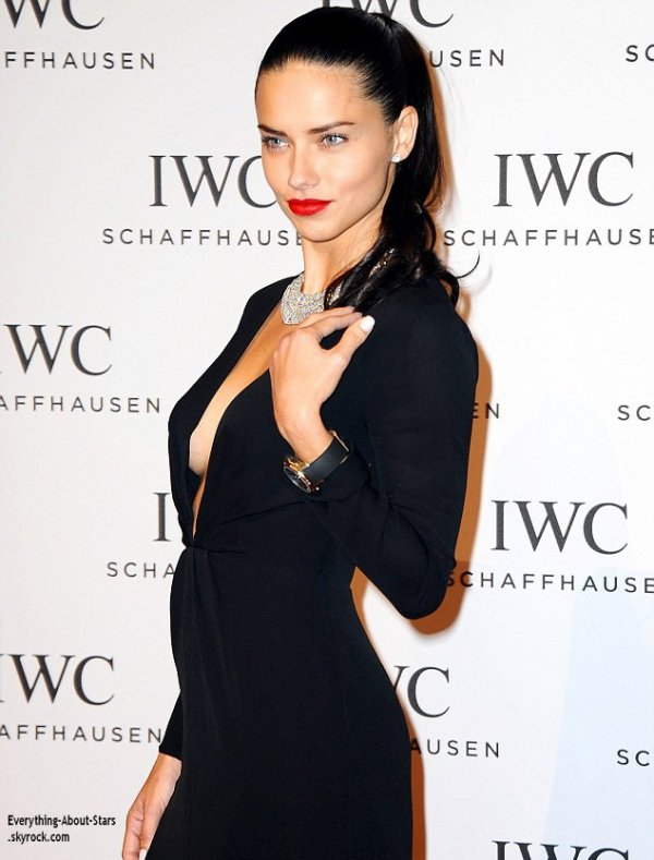21/01/14: La belle Adriana Lima s'est rendu au salon international de la haute horlogerie à Genève