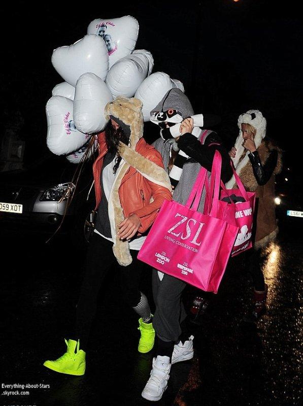 25/01/14: Cara Delevingne et Michelle Rodriguez aperçue quittant The Electric House à Londres