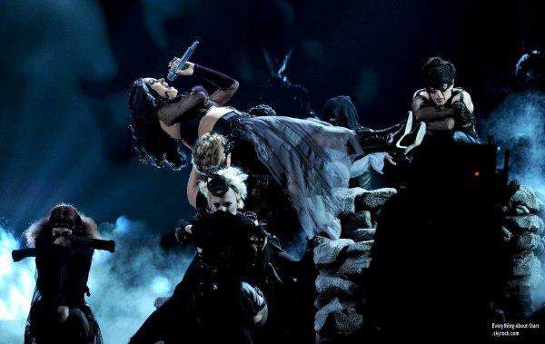 GRAMMY AWARDS 2014: Cérémonie, Red Carpet, Palmarés, Récompense et Vidéos  Découvrez la performance de Lorde et Katy Perry lors des Grammy Awards 2014