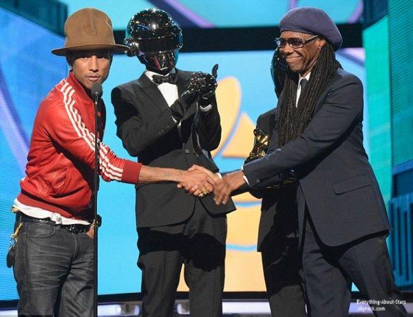 GRAMMY AWARDS 2014: Cérémonie, Red Carpet, Palmarés, Récompense et Vidéos  Découvrez le palmarès de la 56eme cérémonie des Grammy Awards 2014