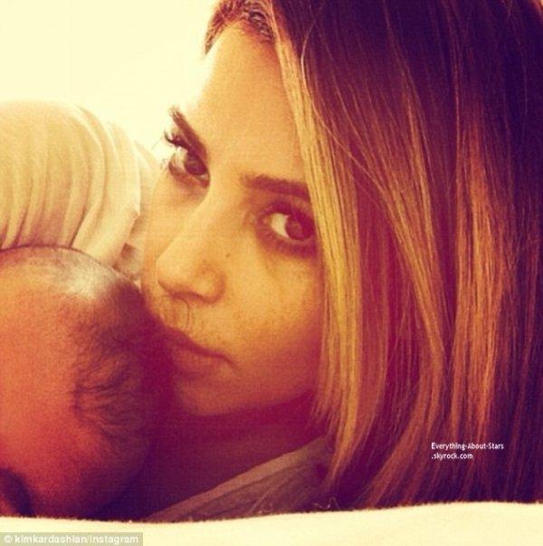 Photo du jour: Kim Kardashian a posté un selfie d'elle et de sa fille North