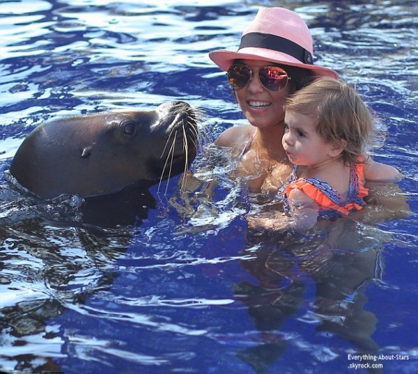 Découvrez d'autres photos des vacances de Kourtney Kardashian et sa famille au Mexique