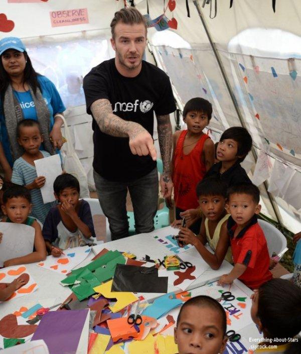 12/02/14:  David Beckham s'est rendu sur les lieux dévastés en novembre par le cyclone Haiyan, dans le centre des Philippines.