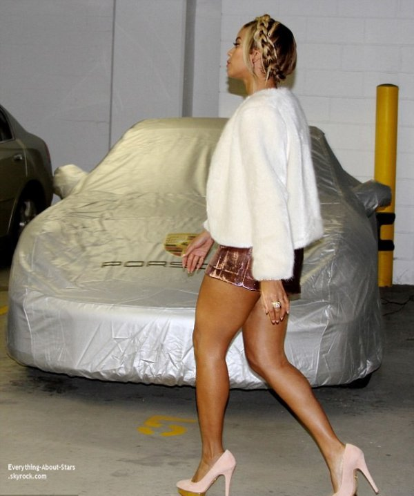 13/02/14: Beyonce aperçue à une fête privée lors de la Fashion Week à New York