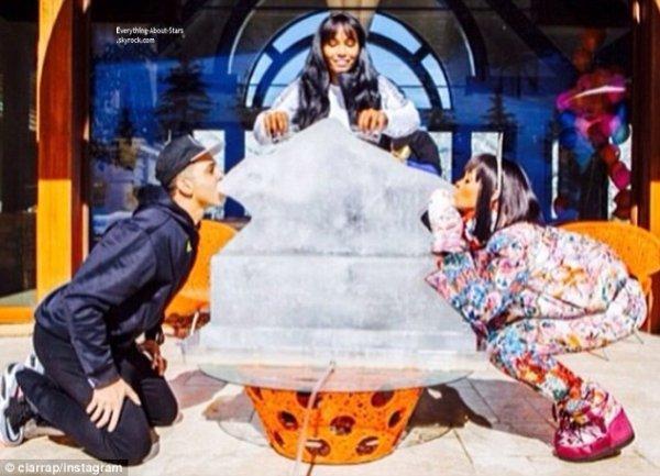 Découvrez les photos de Riri posté sur son Instagram lors de son anniversaire à Aspen