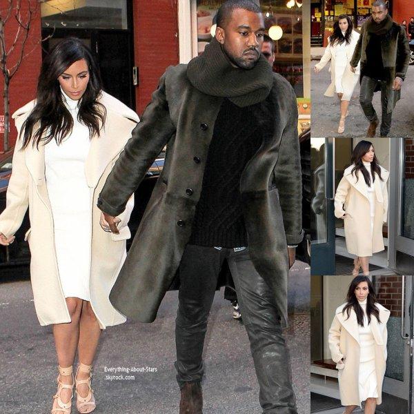 22/02/14: Kim Kardashian et son fiancé Kanye West sont allé déjeuner dans les rues de New York City
