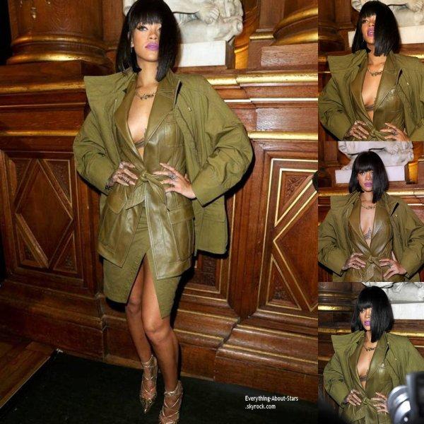 """27/02/14: Rihanna à assistée au défilé de la marque """"Balmain"""" dont elle est la nouvelle égérie, lors de la Fashion Week de Paris"""