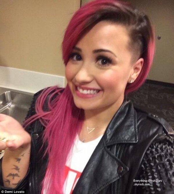 Découvrez la nouvelle coupe de cheveux de Demi Lovato