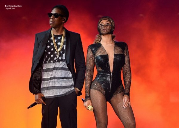 11/07/14: Beyonce et Jay Z ont donnée un concert lors de leur show  On The Run Tour au New Jersey