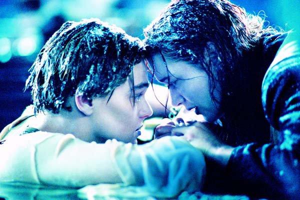 Titanic ; Le meilleur film du monde à mes yeux..  <3