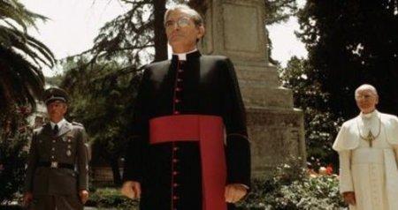 Mgr Hugh O'Flaherty, le mouron rouge du Vatican