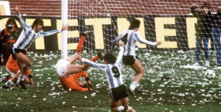 La victoire controversée de l'Argentine dans la Coupe du monde 1978