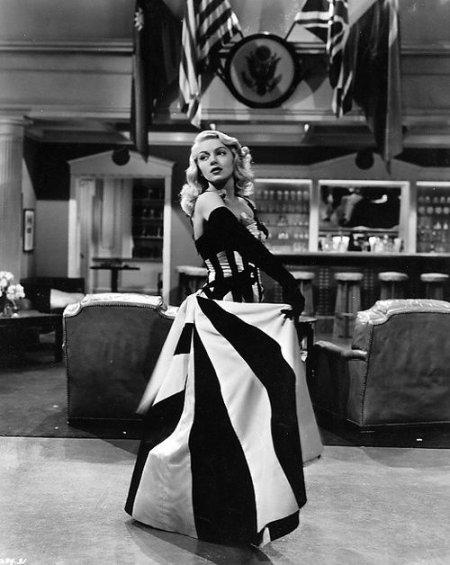 Lana Turner : une star glamour à la vie privée compliquée