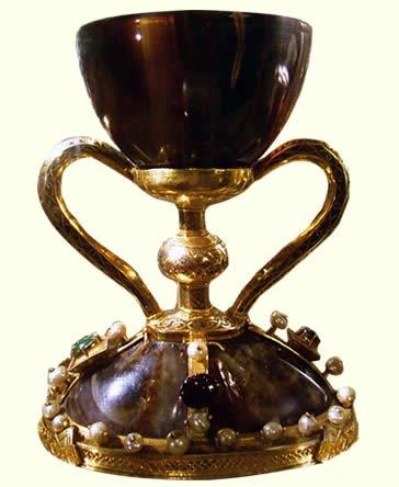 Le Saint Calice est-il la coupe de la dernière Cène ?