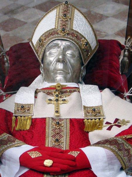 Ça s'est passé un 13 décembre : la démission du pape Célestin V