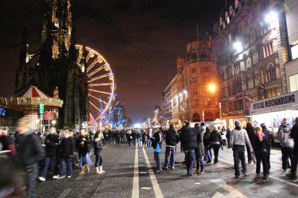 L'Hogmanay : une façon spectaculaire de célébrer le Nouvel An en Écosse