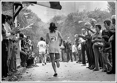 Kathrine Switzer, celle qui donna aux femmes le droit de courir