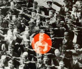 L'Union Européenne, un projet nazi monté par Walter Hallstein ? : plus qu'une chose à faire, rire à gorge déployée