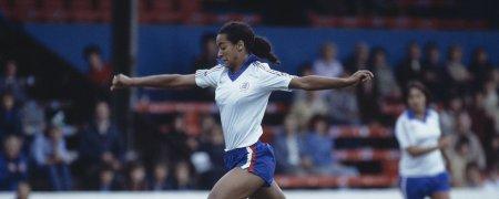 Les coupes du monde féminines officieuses : quand les femmes se font une place dans le football (partie 4)