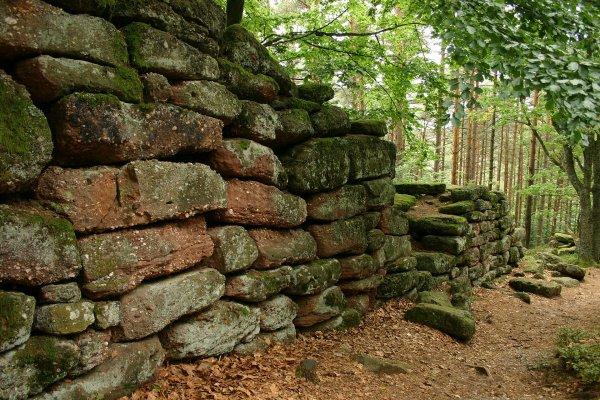 Le mur païen du mont Saint-Odile, derrière les controverses une explication simple