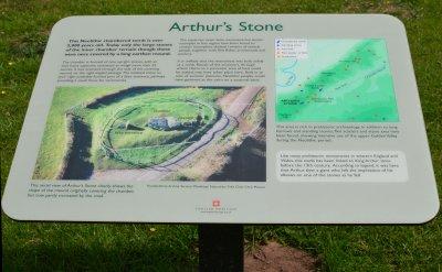 """Des archéologues résolvent le mystère de l'origine de l'Arthur's Stone avec une découverte """"étonnante"""" vieille de 6000 ans"""