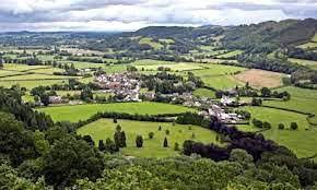 Dogfeiling et Glastenning, deux royaumes puissants faisant face aux ambitions des royaumes anglo-saxons et bretons