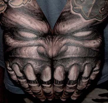 Les Mains Du Demon