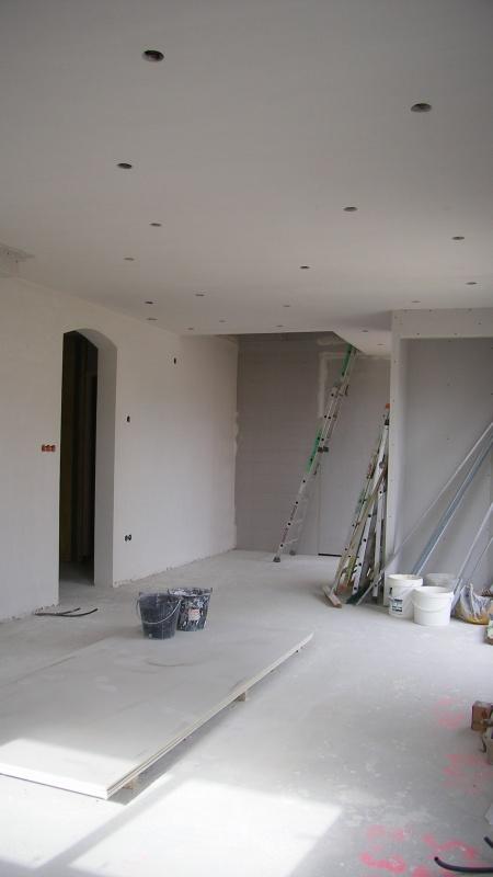 salle salon avec spots a led 60leds spot 3 w en consommation blog de notre construction. Black Bedroom Furniture Sets. Home Design Ideas