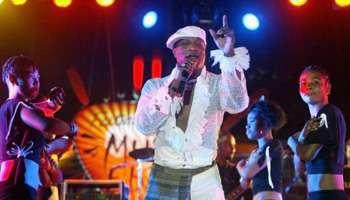 Koffi Olomidé file à Kinshasa après avoir été inculpé pour viols et séquestrations en France