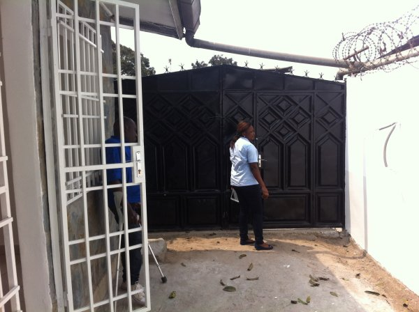 Maison à louer ( nkouikou)
