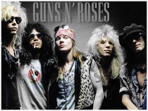 . . ♥GUNS'N'ROSES♥ . .