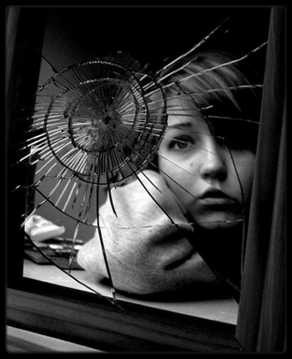 Mon miroir, mon reflet... Je les détruirais !