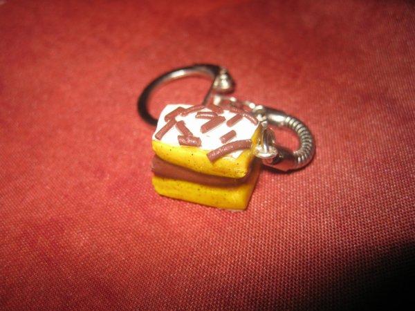 le celebre gateau napolitain en porte clés :D